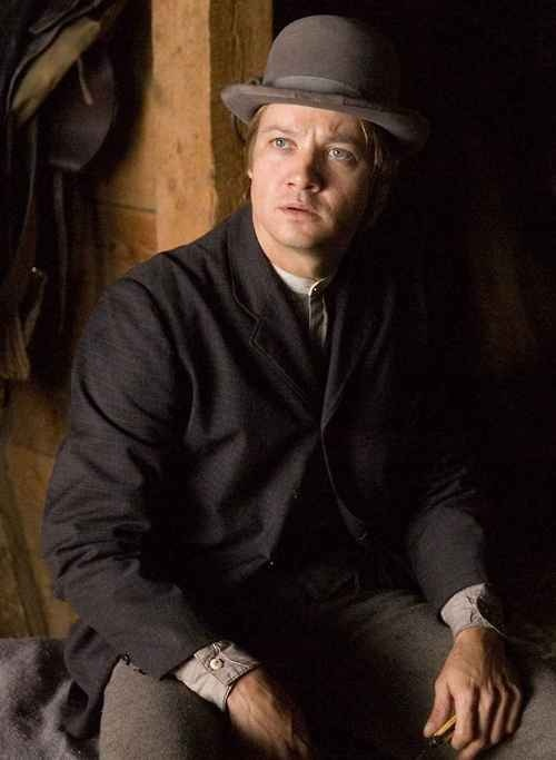 """Jeremy Renner.  Looks like from the movie """"Assassination of Jesse James"""".  Just saw it."""