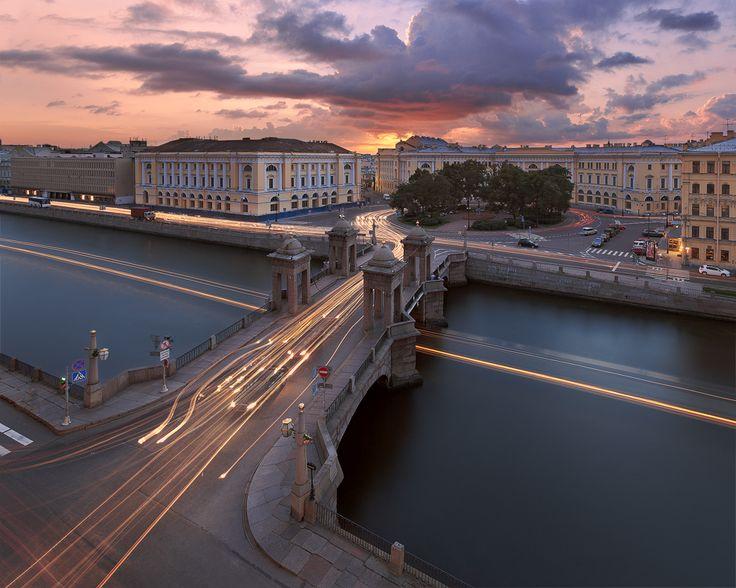 Мост Ломоносова #Белые ночи #вечер #закат #мост ломоносова #Площадь Ломоносова #санкт-петербург #фонтанка Автор: Alex Darkside