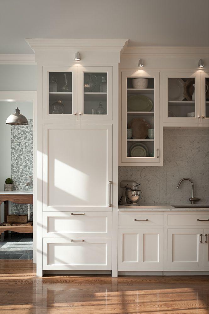 Branco nos armários da cozinha ...