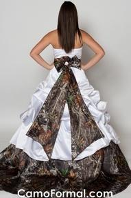 112 best images about Redneck wedding ideas (; on Pinterest   Camo ...