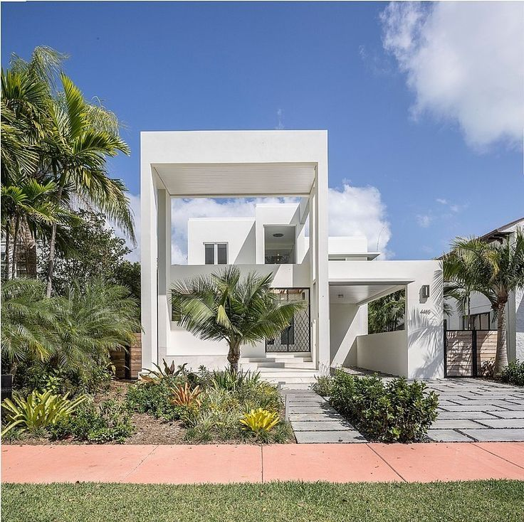 Designed by NC-workplace, this modern two-storey residence is situated in Miami Beach, Florida, United States. Description by NC-workplace Due to the slender and linear nature of the location the design resulted within the improvement of a thickened facade composed of layers... #Architecture, #Florida, #Home, #House, #Interior, #InteriorDesign, #Interiordesign, #MiamiBeach, #Ncoffice, #Residence, #RoyalPalm, #UnitedStates, #Usa, #Villa