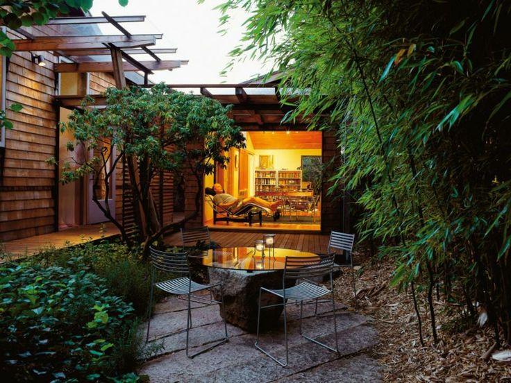 petit jardin de design moderne avec salon