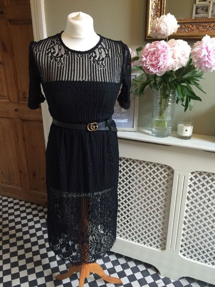 Really stylish black lace dress from Zara. This is what all the fashion pack will be wearing this season! Looks fab layered up and also with a bodysuit underneath for dressy occasions. Such a versatile must have piece. Sold out in stores and online ****Gucci belt NOT included**** I have also put s bodysuit under the dress so show how it looks when worn. Also not included  Size Small / UK 8/10 BNWTPlease check out my other items for sale. I'm a personal shopper / stylist a...