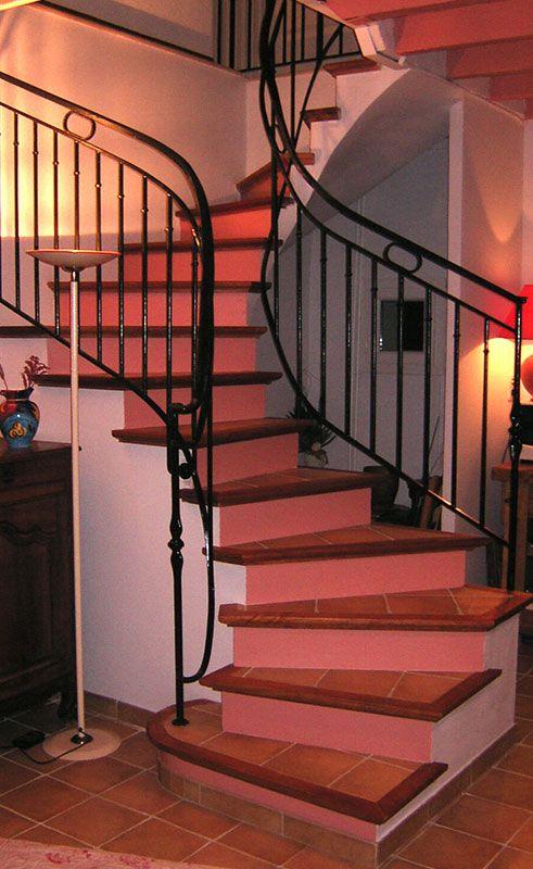 Les 25 meilleures id es de la cat gorie escalier carrel for Fabrication escalier beton interieur