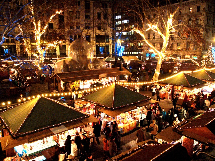 "Budapest Christmas Market ""Europe's Best Christmas fair"" (Sunday Times, 2008)  18th of Nov - 30th of Dec 2012.  view on Fb http://www.facebook.com/BudapestPocketGuide  #budapest #budapestchristmasfair #budapestchristmasmarket"