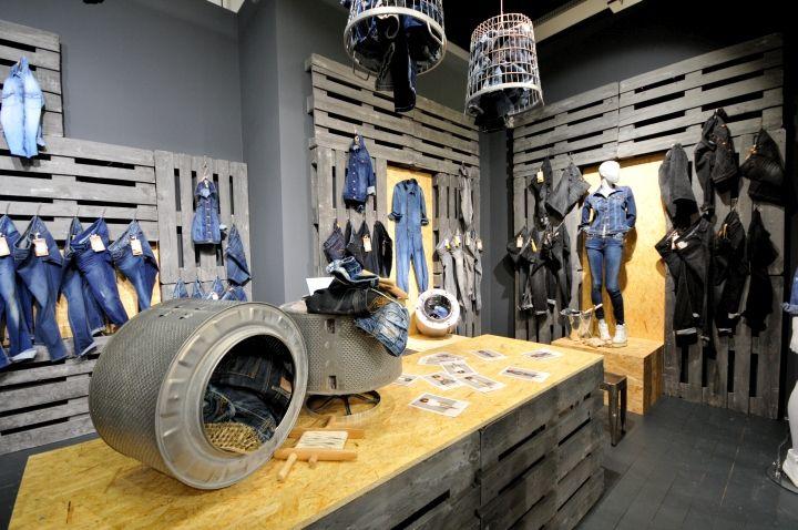 PANORAMA Berlin 2015 Winter – CAMP DAVID & SOCCX DENIM » Retail Design Blog