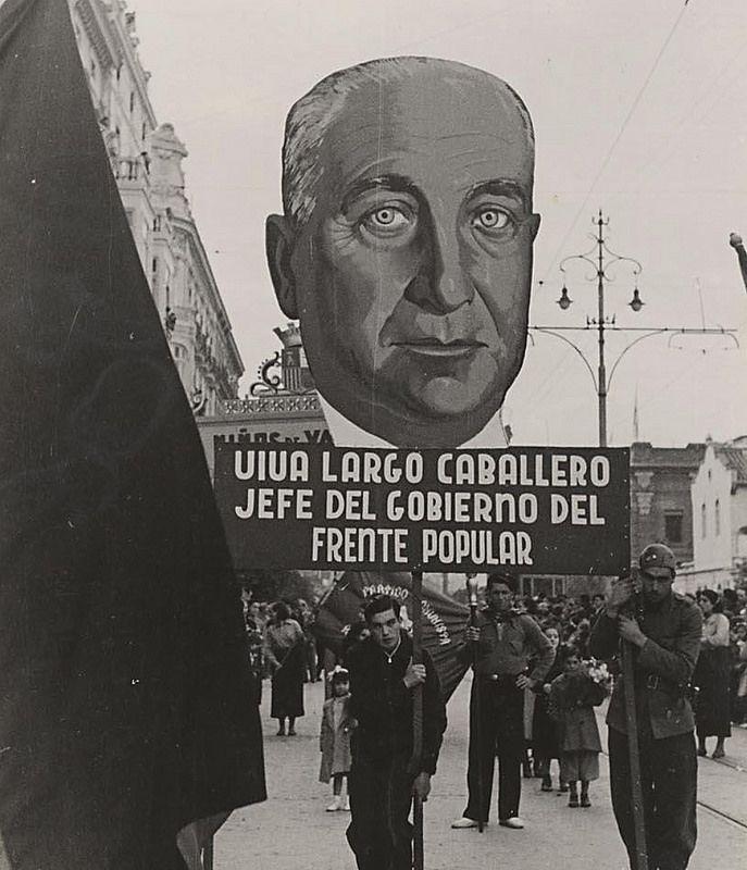 Así fue la  'cabalgata roja' de Valencia en 1937