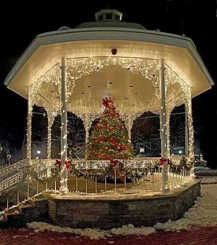 37 best christmas gazebos images on pinterest xmas christmas time gazebo in ligonier pa pretty for a christmas wedding junglespirit Images