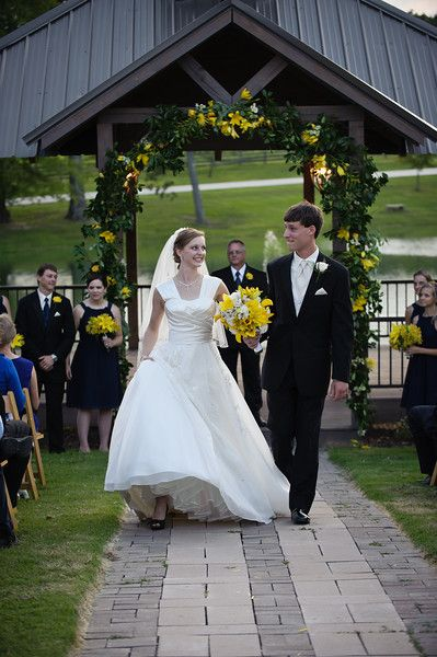 Stone Bridge Farm Outdoor Wedding Sunset Ceremony Bride And Groom Cullman
