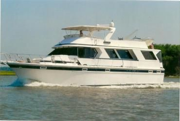 60' Jefferson Marquessa- A combination of spaciousness, elegant true yacht interior, sea worthiness, classic lines and trawler like fuel economy make this 60 Jefferson Marquessa the perfect live-a-board or long range cruiser!