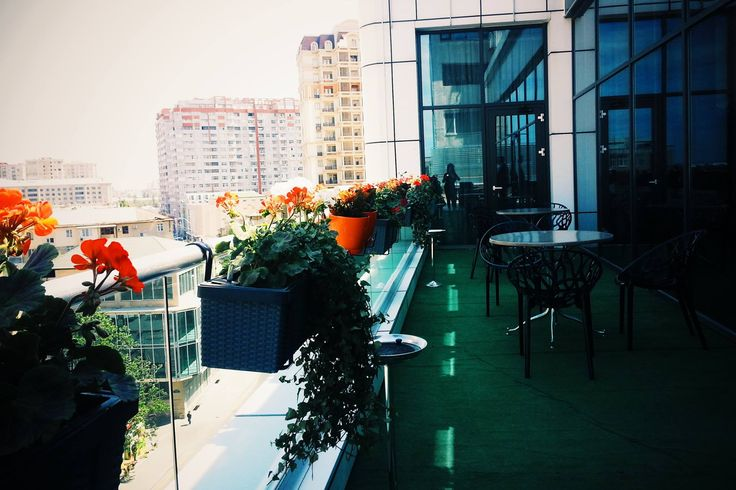 Terrace of Zumrud Restroant in Divan Express Baku Hotel