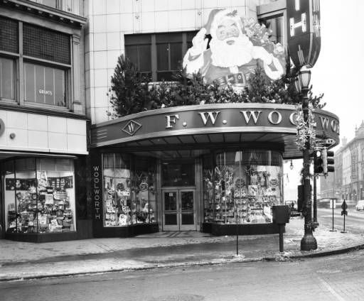woolworth's decorated for christmas, 1949