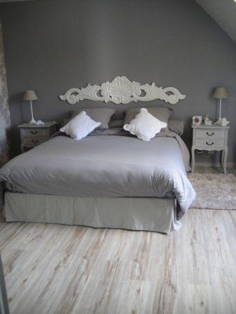 Les 25 meilleures id es de la cat gorie dessus de lit sur - Decoration chambre adulte gris ...