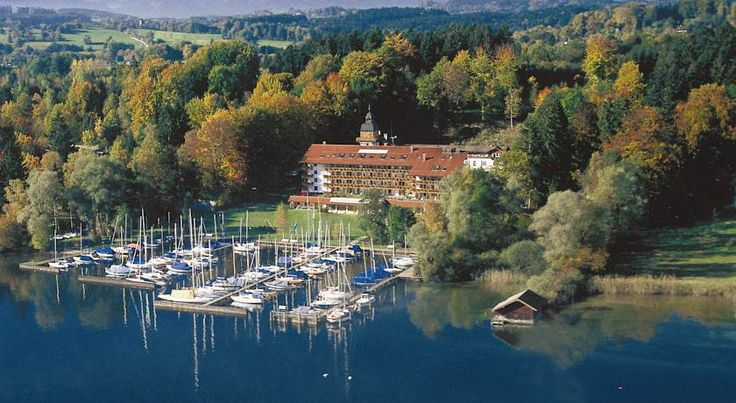 Yachthotel Chiemsee Prien am Chiemsee This 4-star hotel is beautifully located on Lake Chiemsee, 2.5 km from Prien am Chiemsee? Train Station. It offers a modern spa area with an outdoor whirlpool and a rich breakfast buffet.