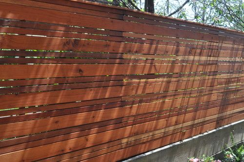 Modern landscape design horizontal slat wood fence for Wooden garden screen designs