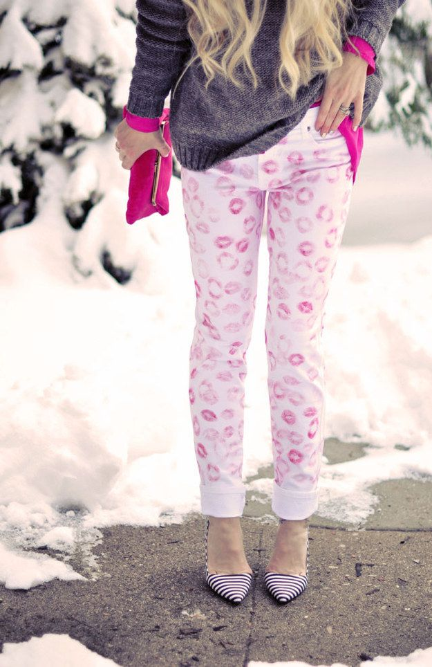 Spread some love with these DIY lip-print pants.