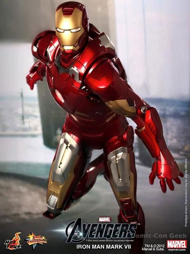 HOT TOYS IRON MAN MARK VII EXCLUSIVE  $450.00