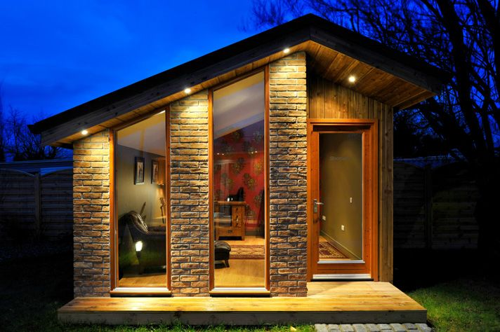 Uneven pitched roof.  Backyard cottage in Ireland by Shomera House Extensions