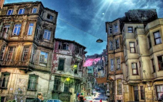 İstanbul'un Gizli Kalmış Yüzünü Keşfe Varmısınız! Günübirlik İstanbul'un Kalbine Yürüyüş, Ayvansaray, Balat ve Fener 'Eski İstanbul' Turu 50 TL Yerine Sadece 17 TL!