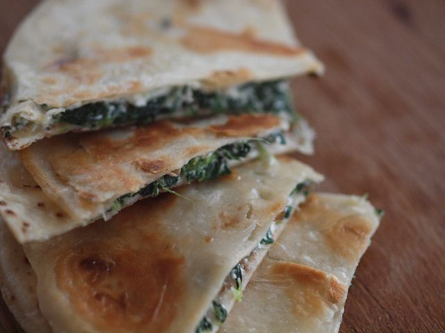 Retro Mummy - Spinach and Feta Quesadillas Great quick dinner idea!!!