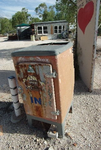 Mail Box-Grawin Opal fields
