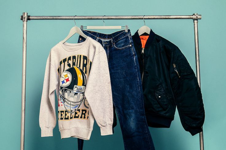 Jumper: http://retrock.com/products/collage-sweater  Bomber Jacket: http://retrock.com/products/black-vintage-bomber-jacket   Jeans: http://retrock.com/products/gucci-jeans