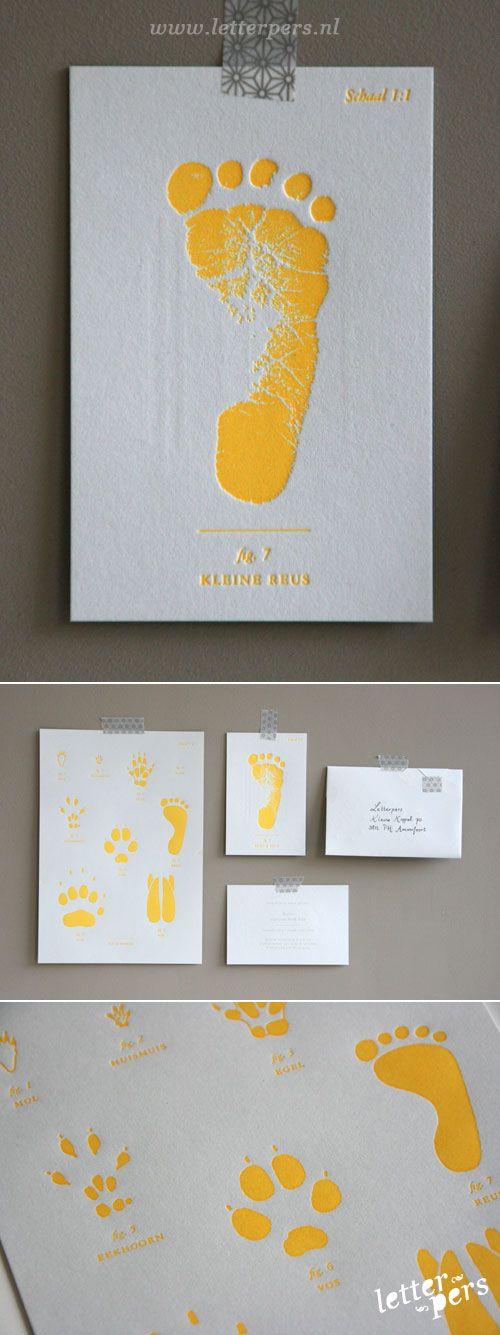 letterpers_letterpress_geboortekaartje_Boris_geel,-voetafdruk_fluor_neon_speciaal-kaartje---> voor de kleur