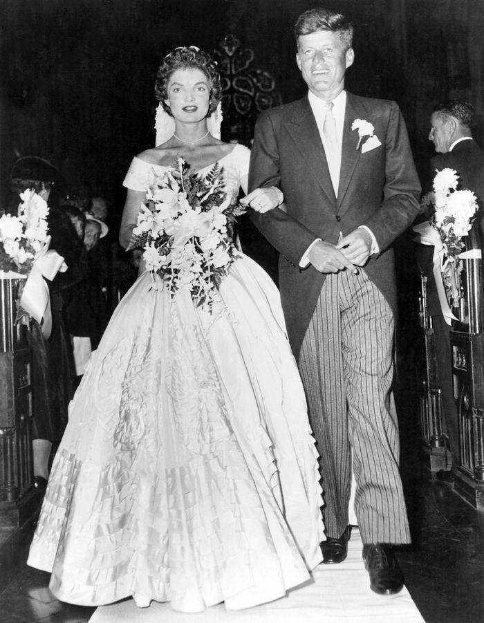 Jacqueline Kennedy Wedding Dress Kennedy Wedding Dress Jackie Kennedy Wedding Celebrity Bride