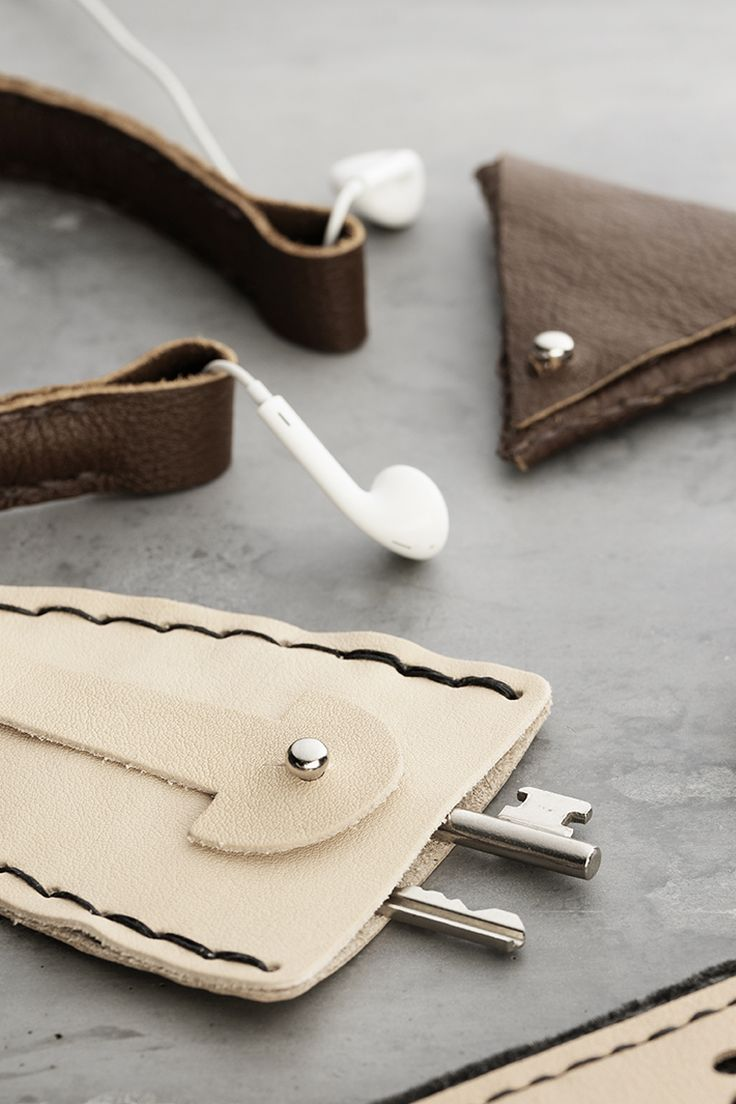 DIY leather keychain www.panduro.com