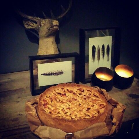 Home made apple pie....the whole house  smell delicious! #comfortfood #homemade #applepie #wintertime