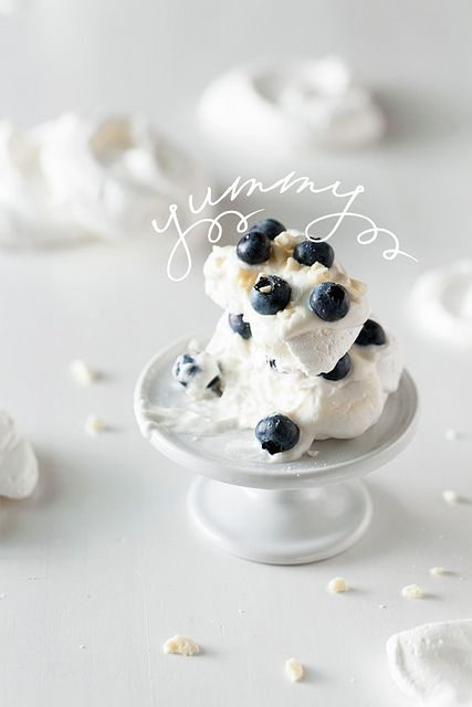 meringue with crème fraîche & blueberries