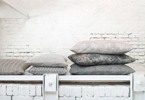 Utrolig flott kvalitet levert av Leitner Linen. Leverer gardinstoffer, sengetøy, duker og spisebrikker. Kan sees hos Draperiet på Høvik i Bærum. http://www.leitnerleinen.com/en/flash/produkte/bett/Kissen.jpg