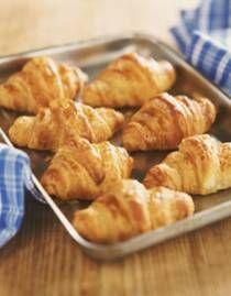 Verser dan vers, homemade roomboter croissants. Als je dan toch een croissantje eet, maken we die toch ook met echte boter? Het lijkt allemaal heel ingewikkeld,