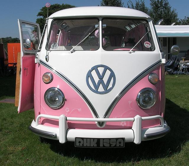 pinkGolfcarts, Vw Campers Vans, Pink Vw, Vw Bus, Vw Campervan, Volkswagen Bus, Vw Vans, Dreams Cars,  Golf Carts