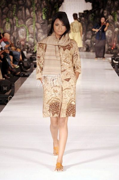 Neglect 007   #lurik #batik #silk #naturalproduct #tiedye #DIY #handmade #wearableart #ecofashion #yogya #jogja #indonesia