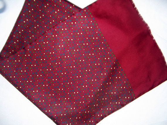 Burgundy double sided vintage shawl wool and silk by CHEZELVIRE, $10.00