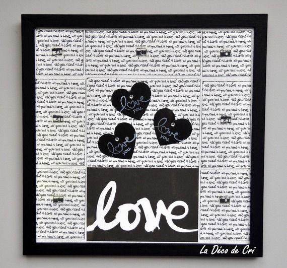 """Cadre pêle-mêle """"Love is all you need"""" en noir et blanc 30 X 30 cm Prix: 29 euros"""