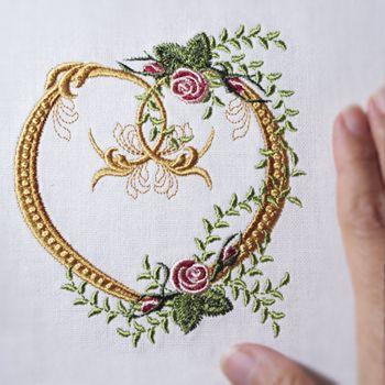 Heirloom Fleur de Lis Heart
