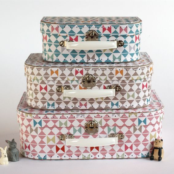 A set of three nesting suitcases
