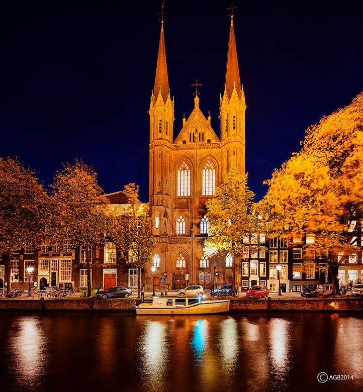 Amsterdam : De RK Krijtberg aan de Singel.