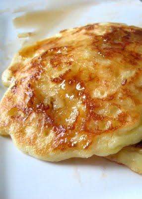 Coconut Macaroon Pancakes: Macaroons Pancakes Wow, Pancakes Waffles, Coconut Macaroons, Breakfast Pancakes, Coconut Flour, Pancakes Sound, Perry Plates, Breakfast Brunch, Coconut Pancakes