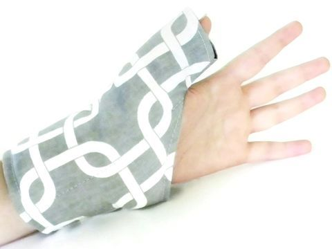 Thumb Wrap Wrist Heat Wraps, Hot Cold Packs for Carpal Tunnel, Tendonitis