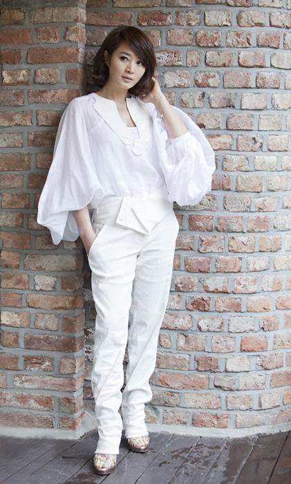 톱스타 김혜수(43)에게 지난주 종영한 KBS2 월화극 '직장의 신'은 짜릿한 역전 홈런같은 작품이었다.
