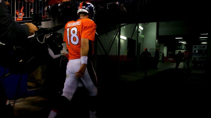 Will Peyton Manning's foot injury spell the end of his career?  he has alot of issues   so YES