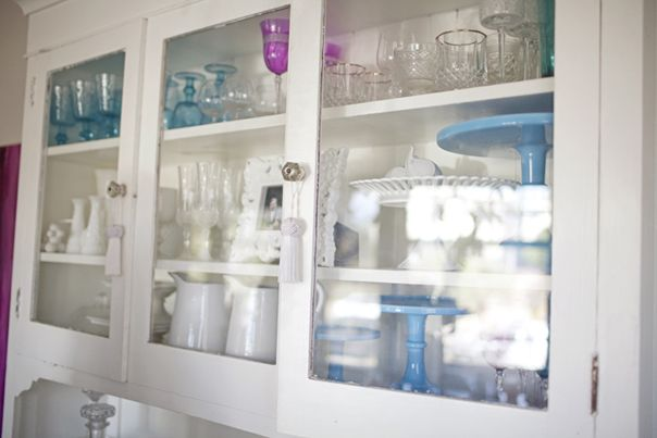 : China Cabinets, Clear Cabinets, Glasses, Open Cabinets, Glass Cabinets, Blue Cake, White Cabinets, See Through Cabinets, Kitchen Cabinets