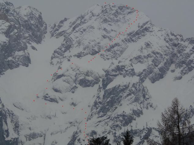 It's still winter high in Slovenian mountains and another extreme skiing above Jezersko by Davo Krnicar.  http://wp.me/p34CmT-22i  #extremeskiing