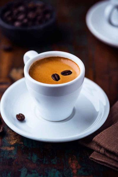 Guatemala Expresso Coffee -Smooth and rich with a creamy flavor. Enjoy flavors of dark chocolate, brown sugar and continued notes of cloves, nut and molasses. Named for it's place of origin -. Hue Hue Tenango