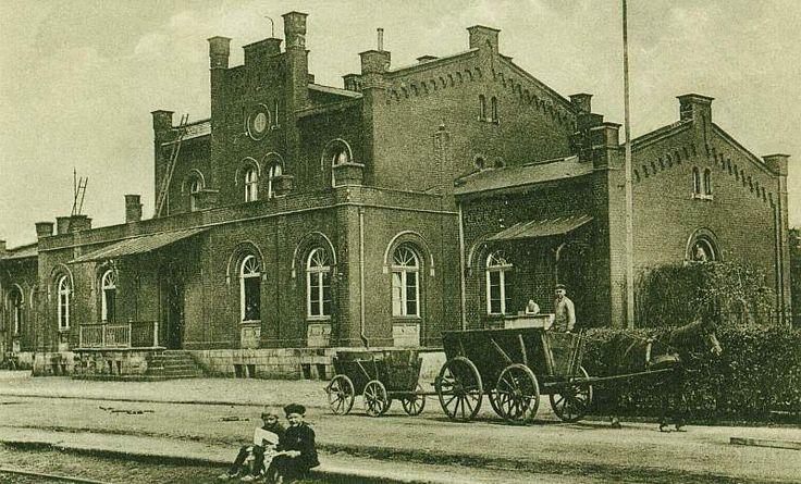 Bahnhofsvorplatz um 1910 stadtmuseum-ibbenbueren.de