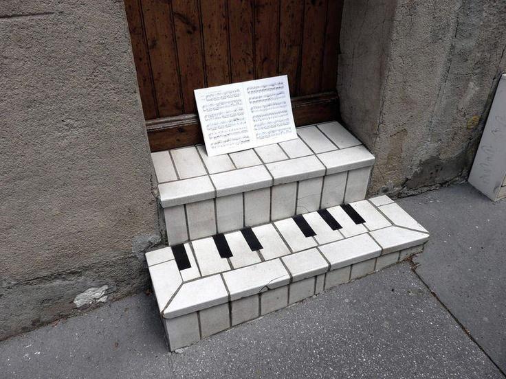 Art & Design - StreetArt #Art #Design #Architecture #PianoStair