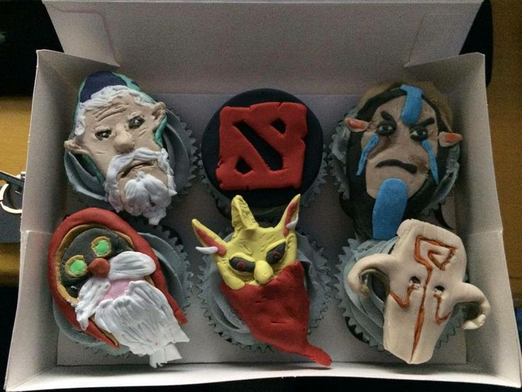 This is just awesome! Dota Cupcakes :D
